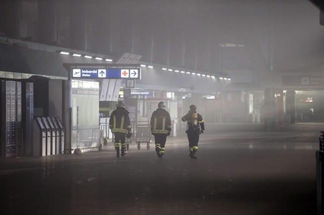 Na razie nie wiadomo, dlaczego doszło do pożaru /MASSIMO PERCOSSI /PAP/EPA