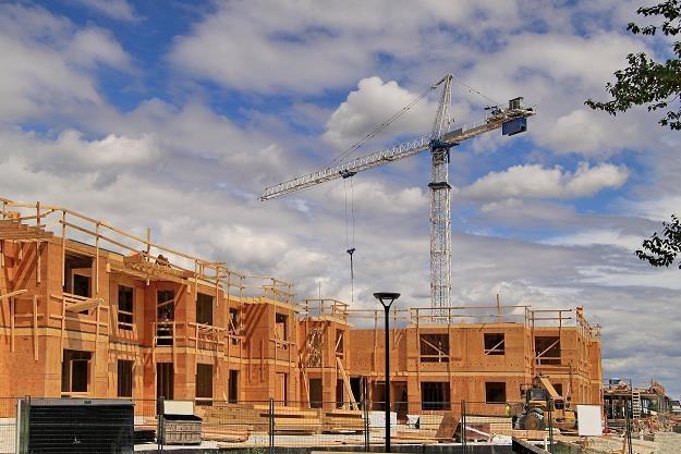 Na razie w budowie znajduje się około 450 lokali z programu Mieszkanie Plus /©123RF/PICSEL