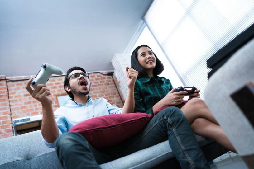 Na rynku zadebiutuje już niedługo piąta generacja konsoli PlayStation /123RF/PICSEL