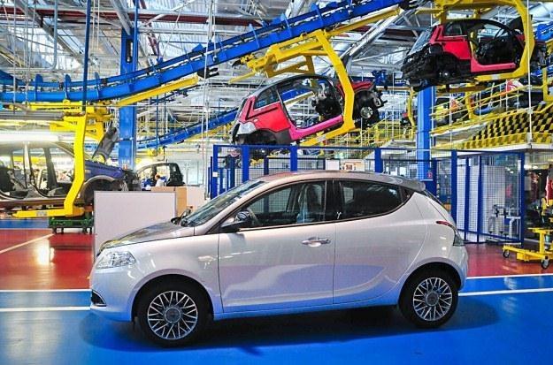 Na skutek spadku liczby zamówień tyska fabryka Fiata zwolni 1500 osób /