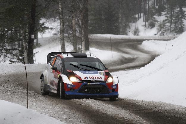 Na śniegu Kubica spisał się przeciętnie. Jak będzie na szutrze? /