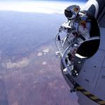 Na spadochronie z 22 tys. m!