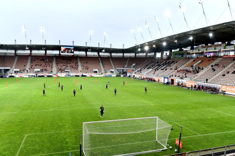 Na stadion w Lubinie w ograniczonej liczbie wrócili kibice /PAP