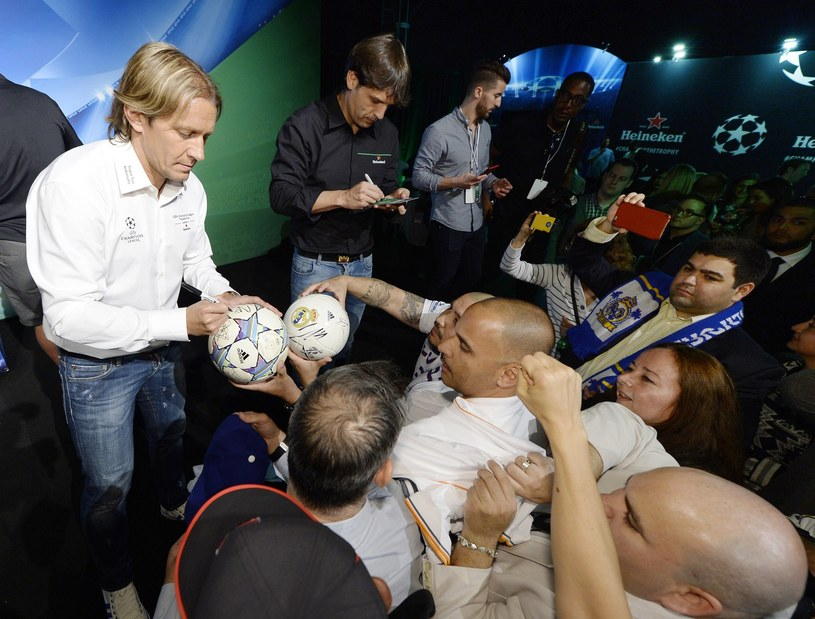 Na stadionie Legii pojawi się m.in. Michel Salgado (L) /AFP