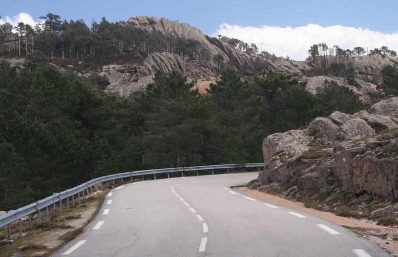 Na takich drogach będzie można jeździć najwyżej 80 km/h /INTERIA.PL