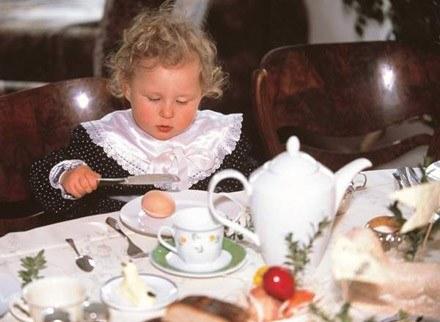 Na tym etapie życia u dzieci występują znaczne wahania apetytu /INTERIA.PL