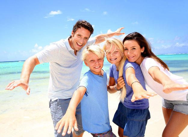 Na wakacjach nie ma sensu się kóócić /123RF/PICSEL