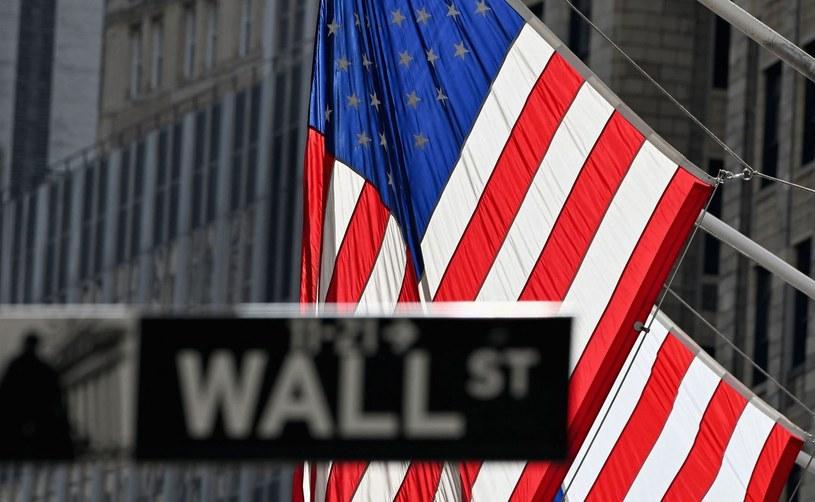 Na Wall Street dzień z przewagą lekkich spadków /AFP