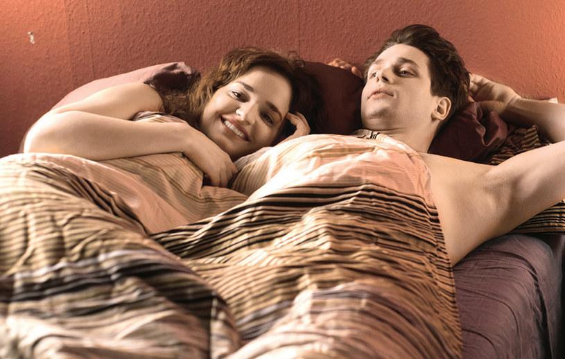 """""""Na Wspólnej"""": Agata i Norbert przeżyją piękne chwile rozkoszy... /Świat Seriali"""