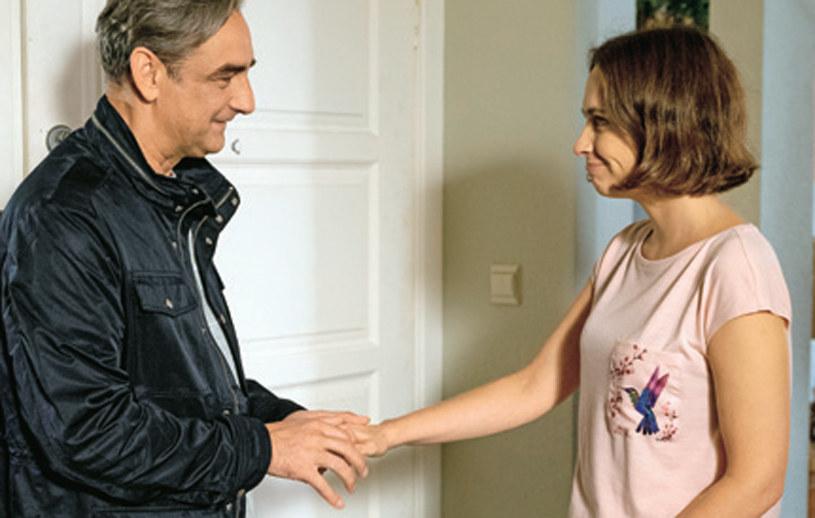 """""""Na Wspólnej"""": Joanna będzie szczęśliwa, że ojciec okazał się sympatyczny /Świat Seriali"""