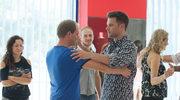 """""""Na Wspólnej"""": Kamil tańczy gorącą salsę w objęciach... Karola!"""