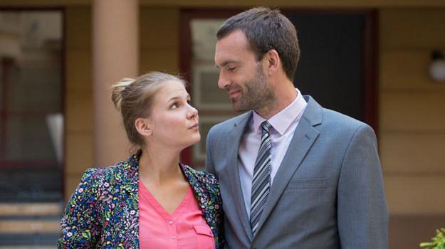 """""""Na Wspólnej"""": Olka nawiąże romans z żonatym szefem /Agencja W. Impact"""