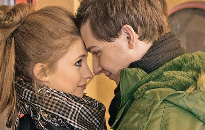 """""""Na Wspólnej"""": Ziębowie zgodzą się na to, by Tomek przez parę dni pomieszkał u nich z Anastazją /Świat Seriali"""