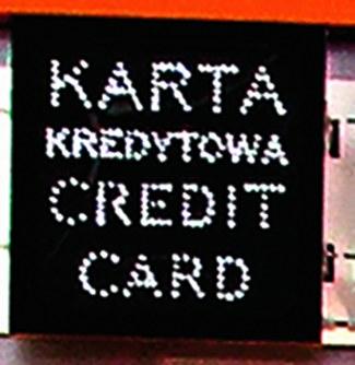 Na wybranych bramkach płacić można tylko gotówką, a na innych gotówką i kartą. /Motor
