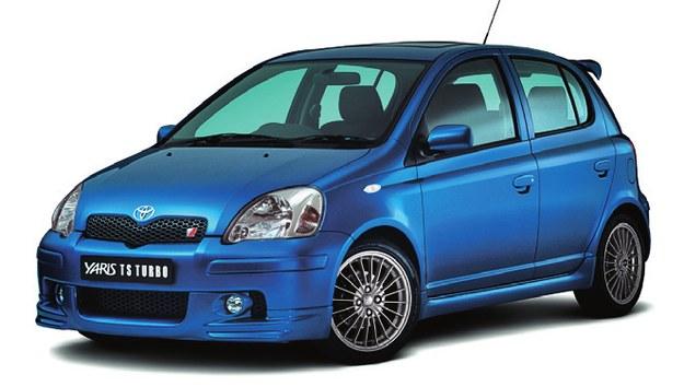 Na wybranych rynkach można było zamówić Yarisa T-Sport 1. generacji w wersji Turbo (150 KM, 200 Nm, poniżej 7 s do 100 km/h). Tuner Toyoty TTE oferował też kompresor podnoszący moc do 140 KM. /Toyota