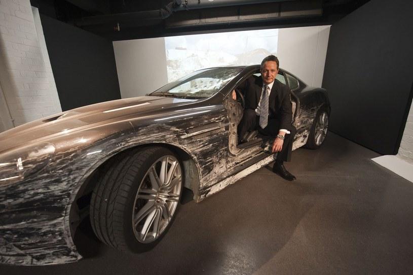 Na wystawie nie zabrakło Astona Martina DBS, w którym pobito rekord w ilości wykonanych obrotów w powietrzu po dachowaniu /East News
