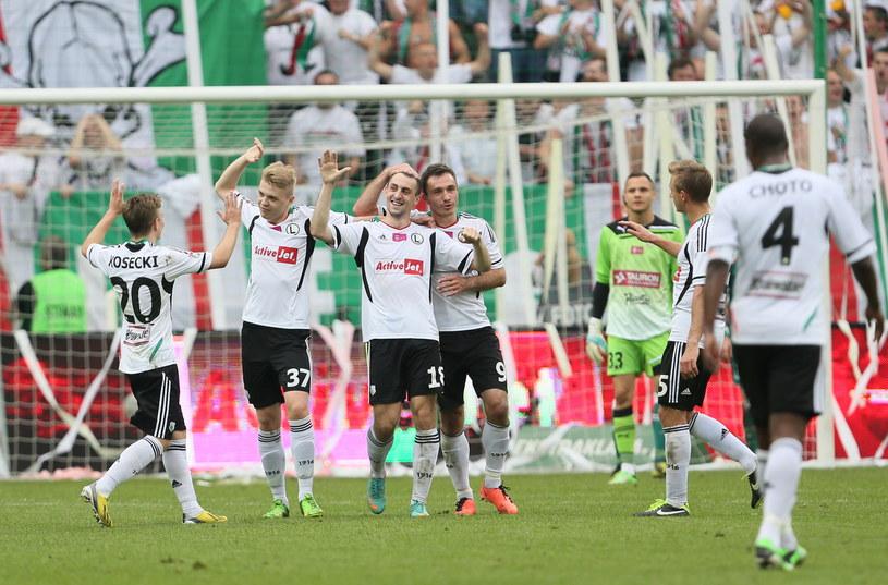 Na zakończenie sezonu Legia rozbiła Śląsk aż 5-0 /Leszek Szymański /PAP