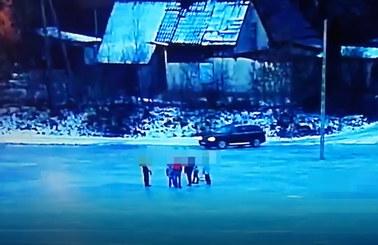 Na zamarzniętej rzece jeździł autem obok dzieci. Wysokość kary zaskakuje