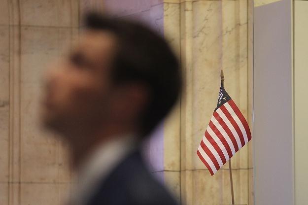 Na zamknięciu Dow Jones Industrial spadł o 1,05 proc. do 12 849,59 pkt /AFP