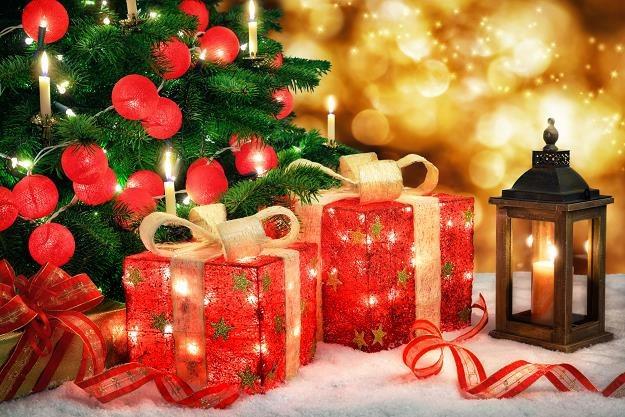 Na zbliżające się święta Bożego Narodzenia Polacy mają zamiar wydać średnio 700 zł /©123RF/PICSEL