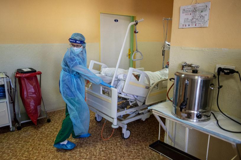 Na zdj. czeski szpital w czasie pandemii koronawirusa /MICHAL CIZEK/AFP/ /AFP