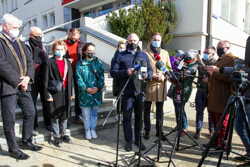 Na zdj. uczestnicy konferencji w sprawie zamrożenia turystyki na Warmii i Mazurach /Artur Szczepanski/REPORTER /Reporter