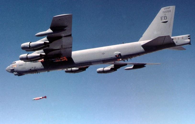 Na zdjęciu amerykański bombowiec B-52H Stratofortress /USAF /AFP