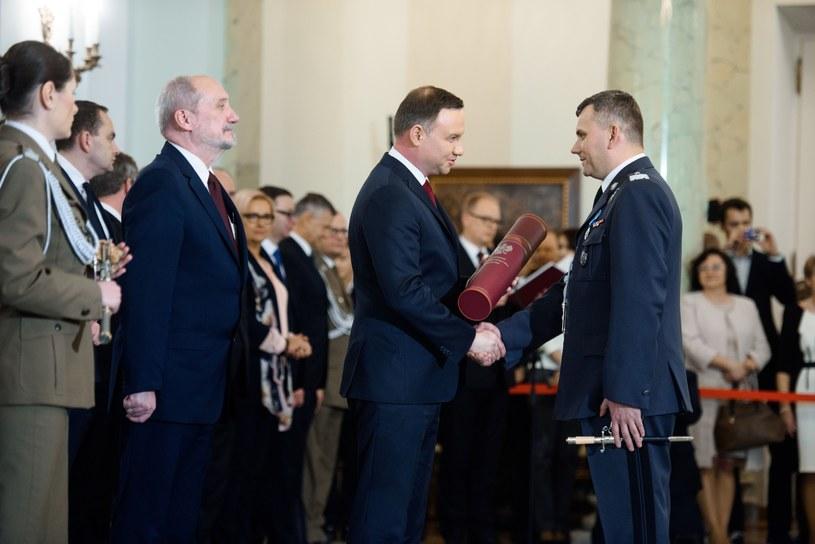 Na zdjęciu Andrzej Duda, Antoni Macierewicz oraz Cezary Wiśniewski. /Piotr Blawicki /East News