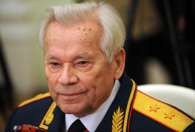 Na zdjęciu archiwalnym Michaił Kałasznikow /AFP
