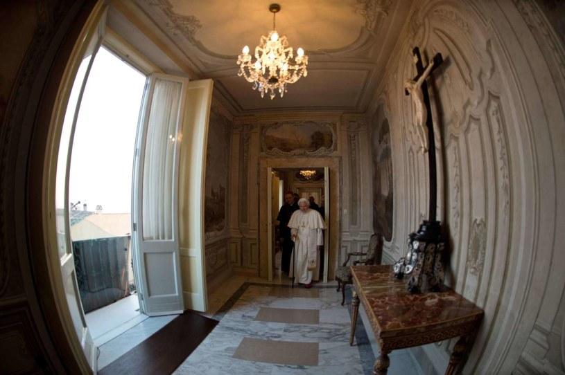 Na zdjęciu archiwalnym papież Benedykt XVI w Castel Gandolfo /AFP