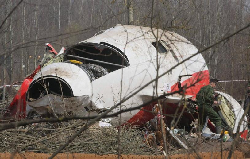 Na zdjęciu archiwalnym z 11.04.2010 r. wrak prezydenckiego samolotu Tu-154 na miejscu katastrofy w Smoleńsku /SERGEI CHIRIKOV /PAP/EPA