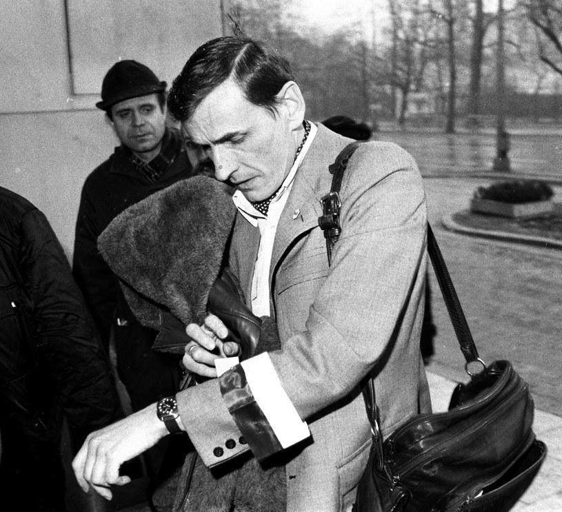 Na zdjęciu archiwalnym z 17.03.1981 r. działacz opozycjny Zbigniew Romaszewski /Tomasz Langda /PAP
