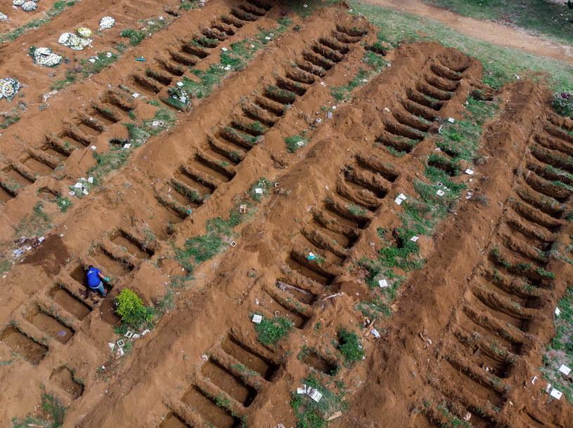 Na zdjęciu: Cmentarz Vila Formosa w Sao Paulo /Edson Lopes Jr /PAP/EPA
