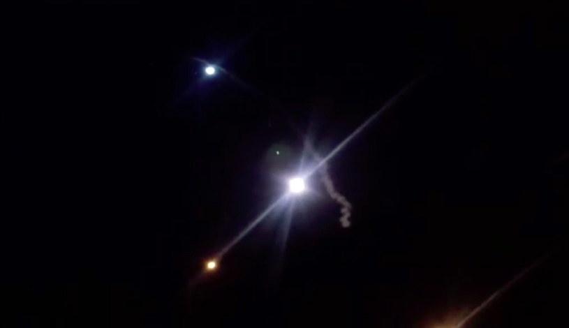 Na zdjęciu: Irańska rakieta wystrzelona w nocy /IRIB HANDOUT HANDOUT /PAP/EPA