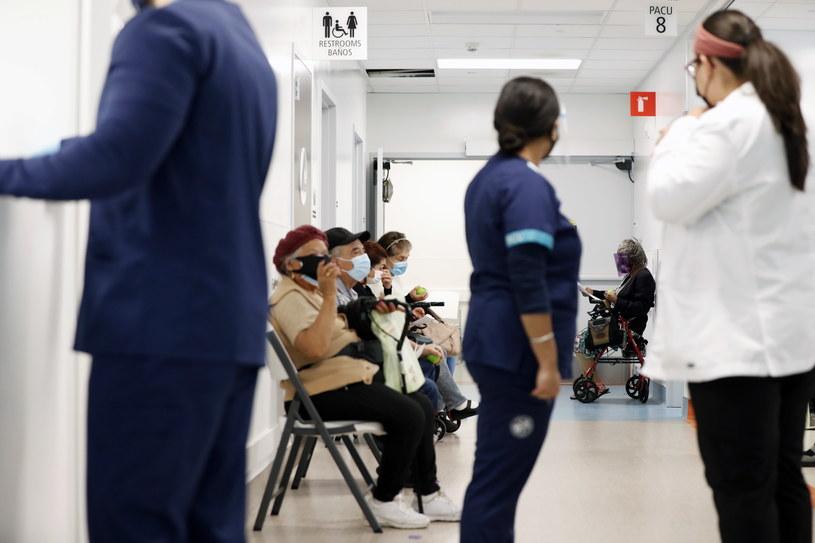 Na zdjęciu jeden ze szpitali w Kalifornii /ETIENNE LAURENT /PAP/EPA