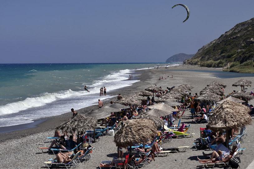 Na zdjęciu jedna z plaż na wyspie Ewia /AFP