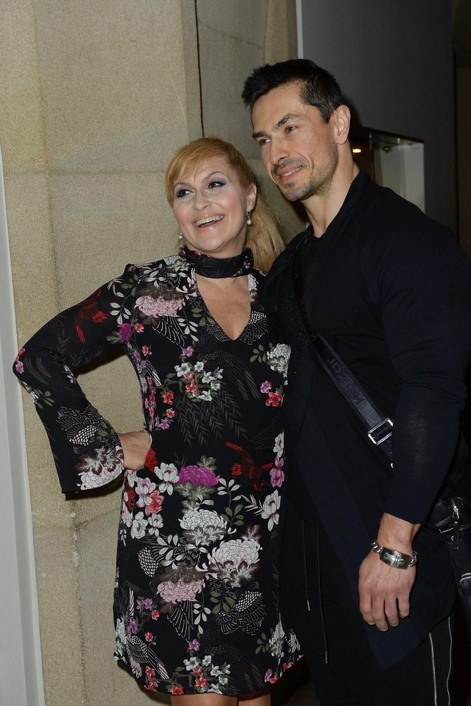 Na zdjęciu: Kasia Skrzynecka z mężem /Jarosław Antoniak /MWMedia