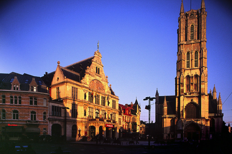 Na zdjęciu: Katedra Świętego Bawona w Gandawie /Wojciech Franus /Reporter