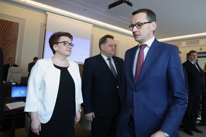 Na zdjęciu: Mateusz Morawiecki, Jarosław Zieliński i Anna Zalewska /Andrzej Iwańczuk /East News