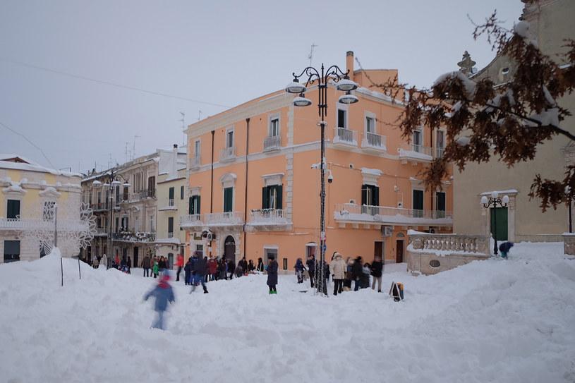 Na zdjęciu miejscowość Santeramo na południu Włoch /Raffaele Pontrandolfo /AFP