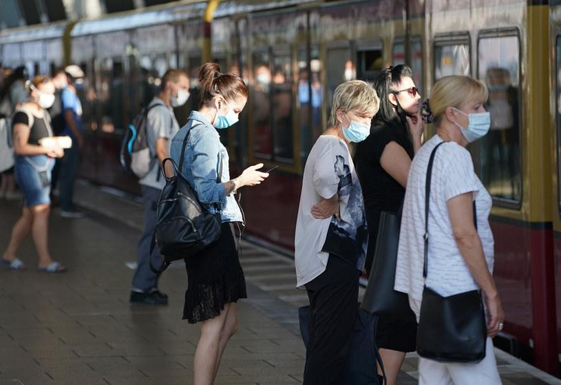 Na zdjęciu: Mieszkańcy Berlina w czasie pandemii / Sean Gallup /Getty Images