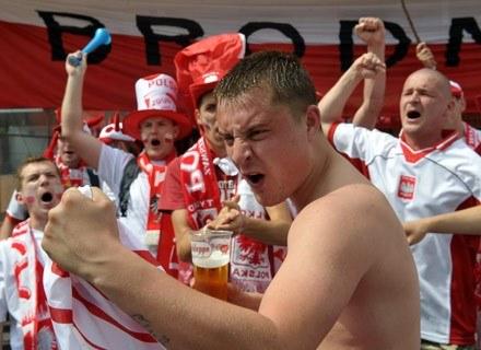 Na zdjęciu: polscy kibice trwonią światowe zasoby energetyczne w Kalgenfurcie, 8 czerwca 2008 /AFP