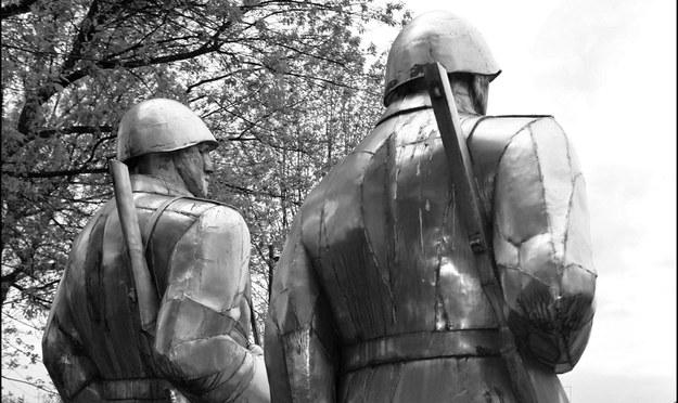 Na zdjęciu: Pomnik bohaterskiej Armii Czerwonej z Dąbrowy Górniczej /Daniel Pach /Agencja FORUM