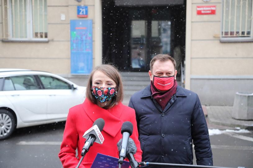 Na zdjęciu posłowie Lewicy - Agnieszka Dziemianowicz-Bąk i Tomasz Trela. /Wojciech Olkuśnik /PAP