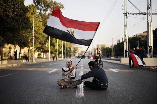 Na zdjęciu: Protestujący przeciwnicy prezydenta Morsiego na ulicy w Kairze, 8 lutego 2013 /AFP