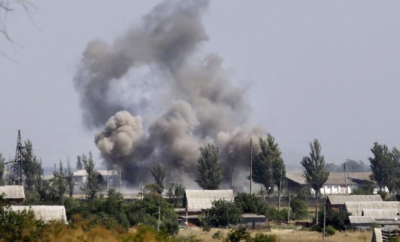 Na zdjęciu rosyjski ostrzał Nowoazowska, 27 sierpnia 2014 /AP/Sergei Grits /East News