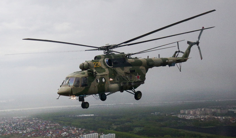 Na zdjęciu: Rosyjski śmigłowiec Mi-8 /ROSTISLAV NETISOV/AFP /AFP