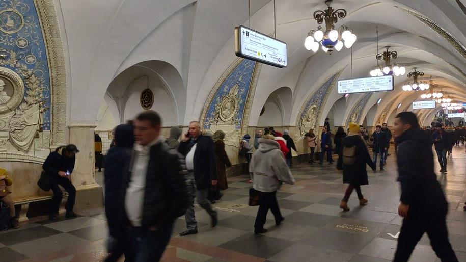 Na zdjęciu stacja moskiewskiego metra /Przemysław Marzec /RMF FM