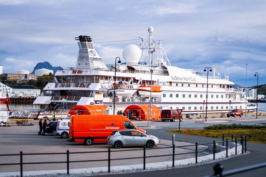 Na zdjęciu statek SeaDream 1 /Sondre Skjelvik /PAP/EPA