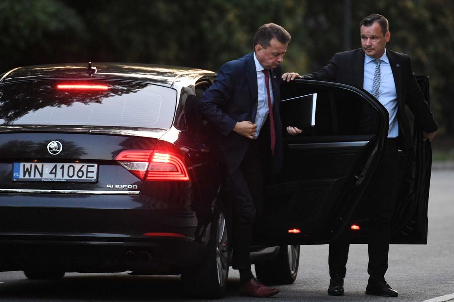 Na zdjęciu szef MON Mariusz Błaszczak / Radek Pietruszka   /PAP